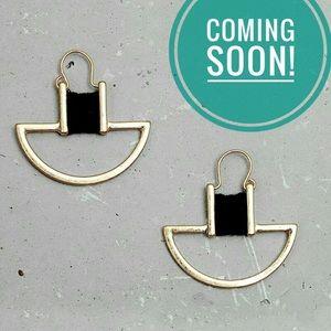 ❤️to be notified! Gold Twine Wrap Artisan Earrings